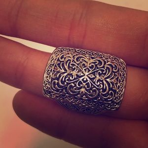 Silver ring size 7